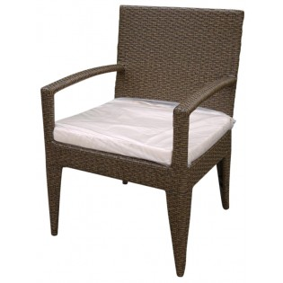 High-quality outdoor chair with armrests with aluminum frame and covered in Polyrattan