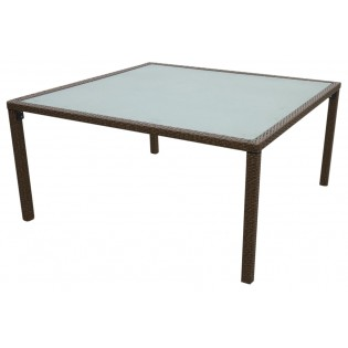 High-quality outdoor table with aluminum frame and covered in Polyrattan
