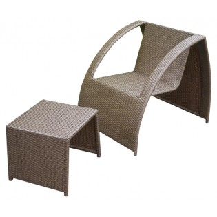 Chinese armchair and coffee table/footrest set with aluminum structure and covered in Polyrattan