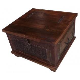 Notched blanket chest from India