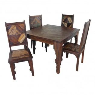 Table a manger ethnique indienne avec quatre chaises