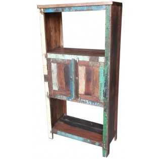 Libreria indiana con legno colorato di recupero