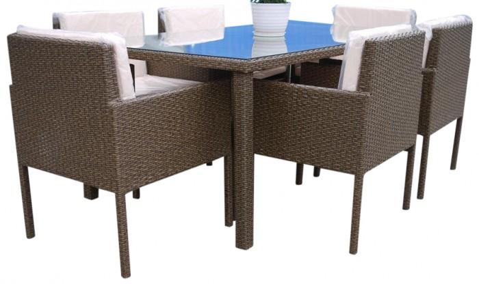 Tavolo da esterno con sedie struttura in alluminio e for Tavolo con sedie da esterno
