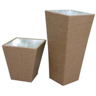 Jarron pequeno para plantas para exteriores de alta calidad con estructura de aluminio y tapizado de Polyratan